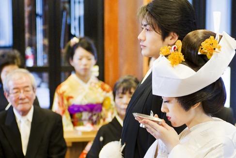 護國神社で行う神前式
